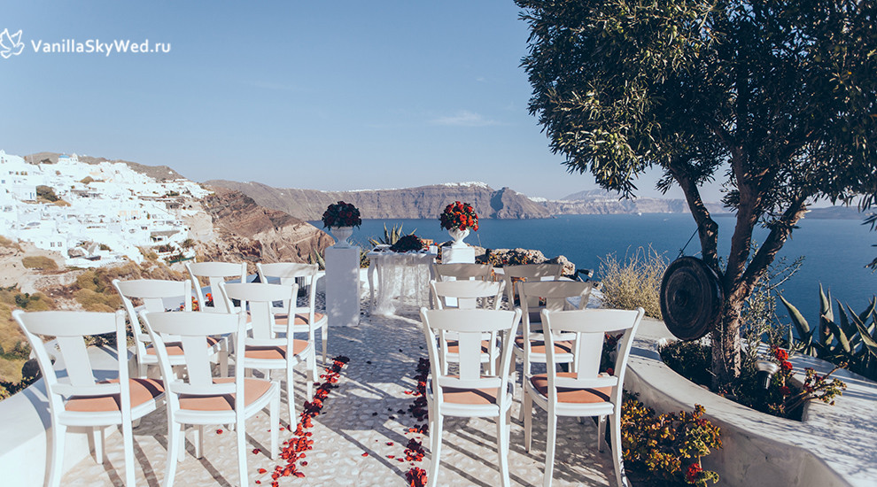 andronis luxury sutes wedding 2014 alexandra and fedor.jpg