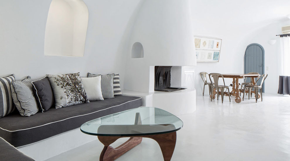 private villa 3 on santorini for wedding 3.jpg