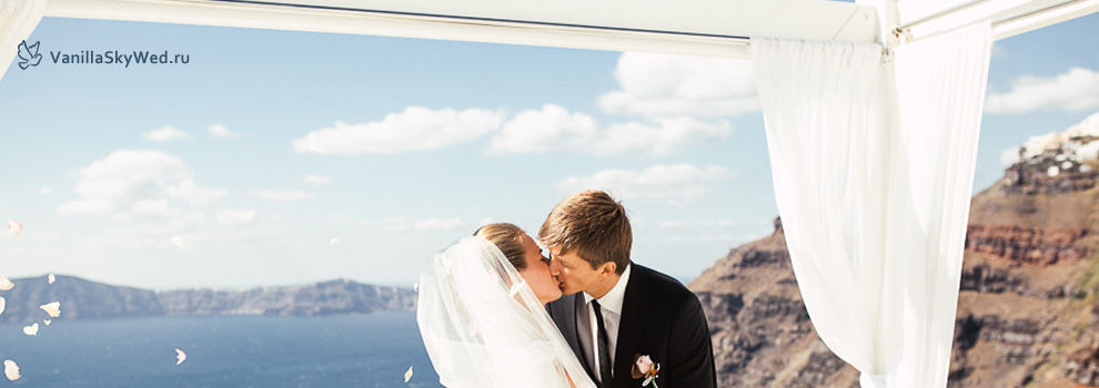 santorini wedding 13.jpg