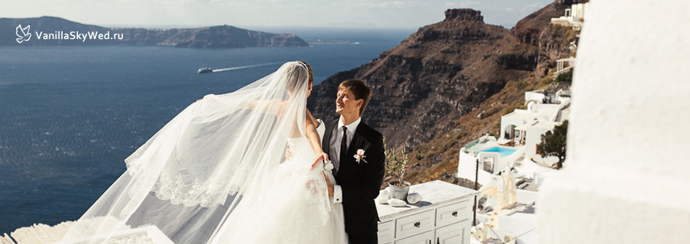 santorini wedding 14.jpg